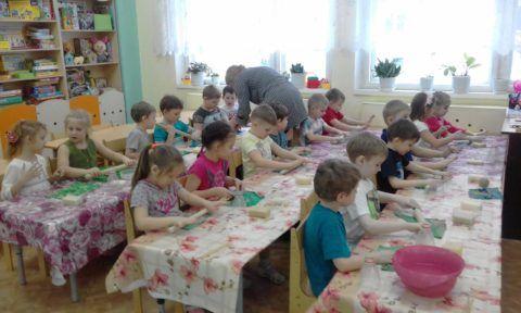 8 марта и детский сад