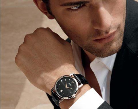 Часы уже давно стали символом успеха и денежного благополучия.