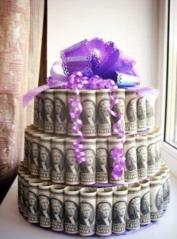 Красивый торт из денег.