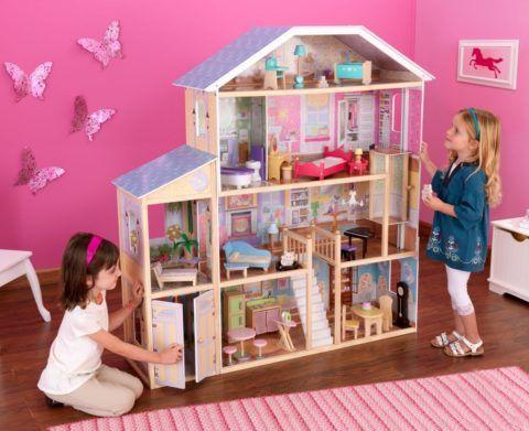 Прекрасный кукольный дом, в котором каждая игрушка найдет свое место.