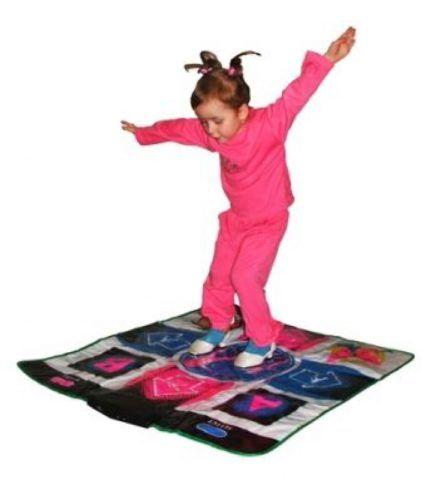 Танцевальный коврик для дома, на котором можно устраивать дискотеки.