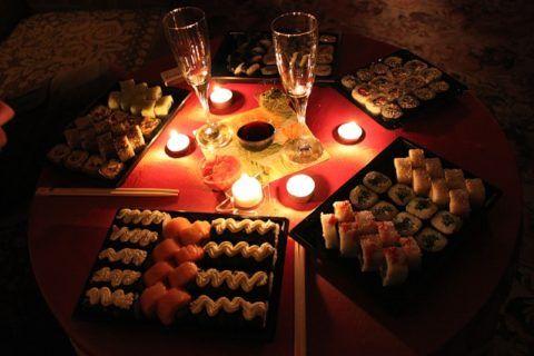А можно просто заказать суши и не готовить несколько часов!