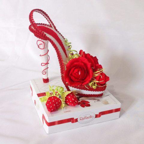 Невероятно стильная и красивая туфелька для настоящей модницы и леди.