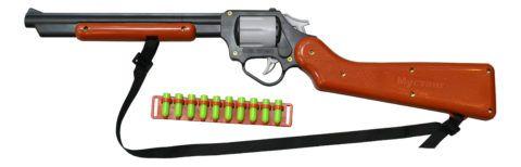 Ружье – обязательный атрибут солдата прошлых столетий.