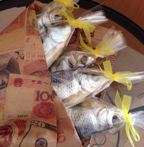 Дополнение к «пивному» торту – «рыбный» букет