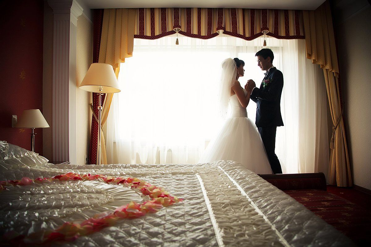 первая брачная ночь подробно видео