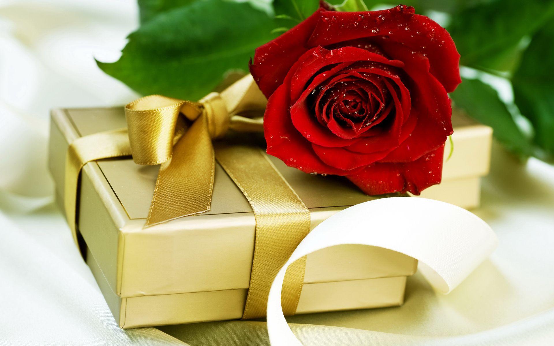 Подарки для женщин. Что подарить