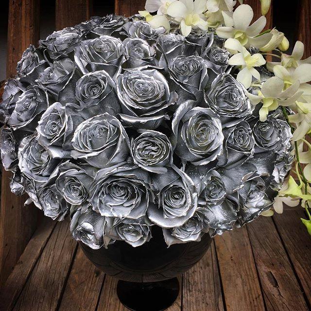серебристые розы фото порку следует