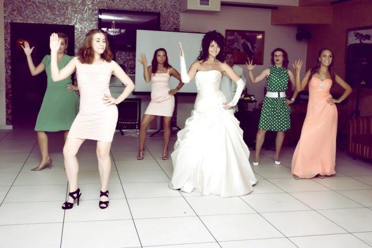 Прикольные конкурсы на девичник для невесты и ее подружек 77